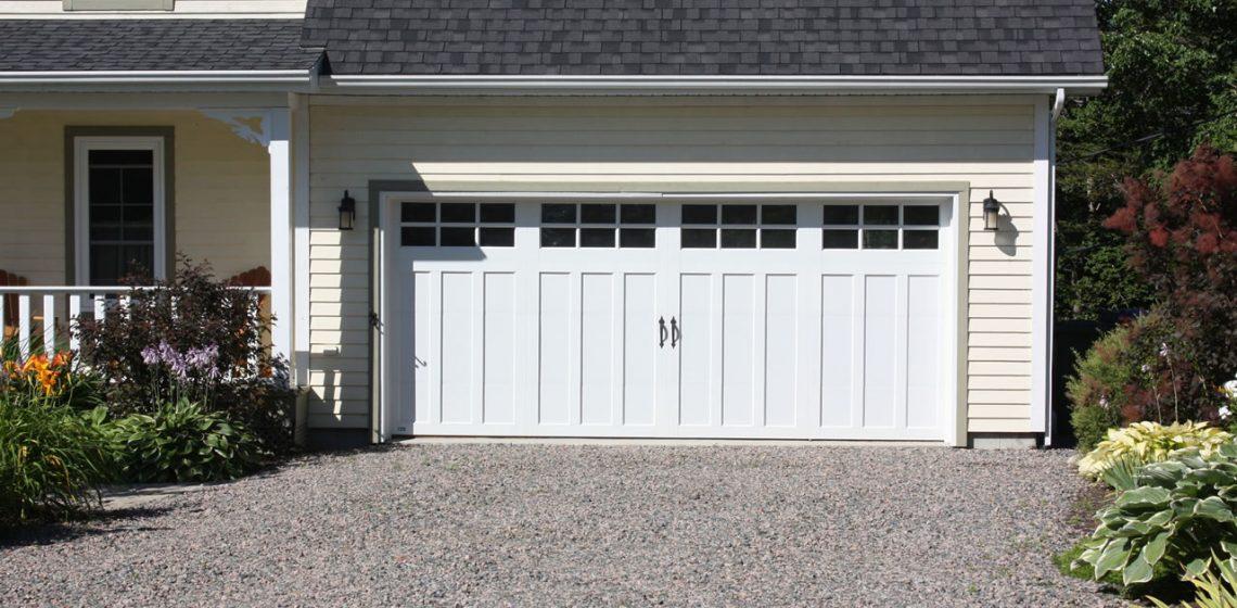 garage doors supplier canada